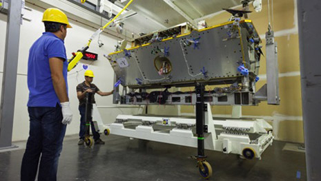 Iridium Celebrates as the First Satellite Engineering Model for Iridium NEXT is Completed