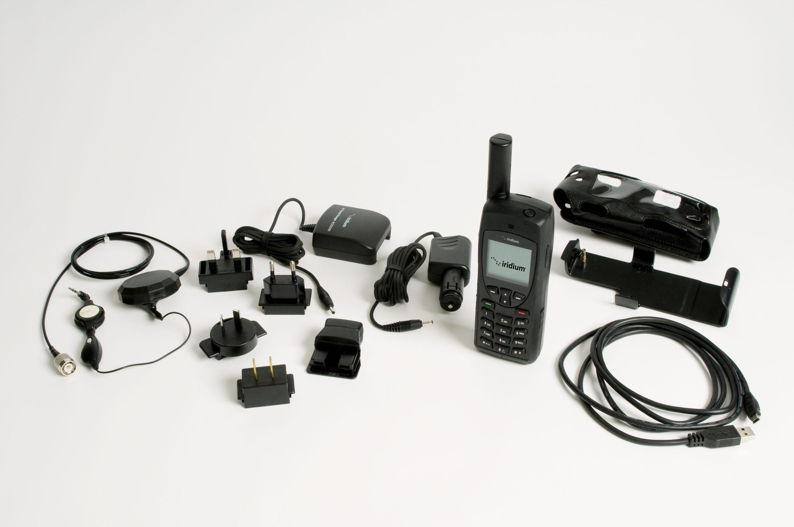 Iridium 9555 satellite phone and accessories