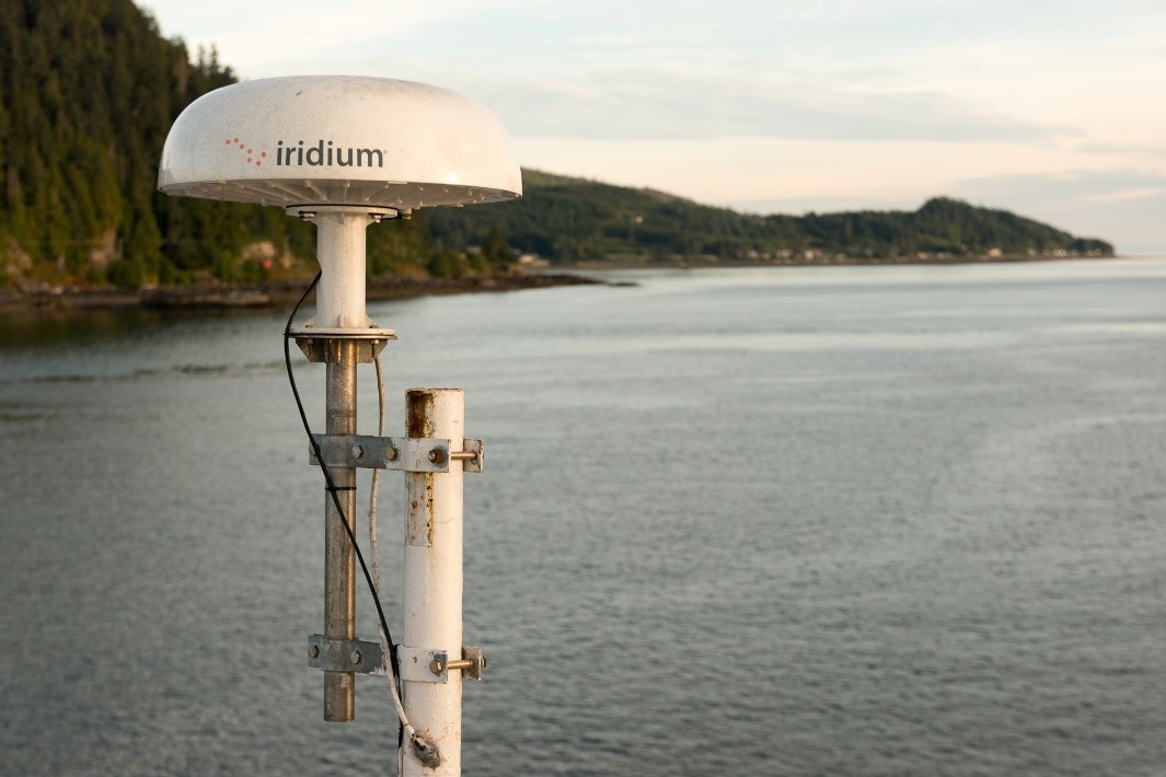 Iridium Pilot mounted on a ship